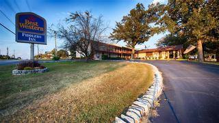 The Parkwood Inn & Suites
