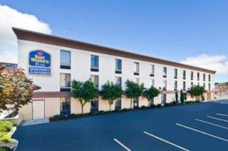 La Quinta Inn & Suites by Wyndham Jamestown