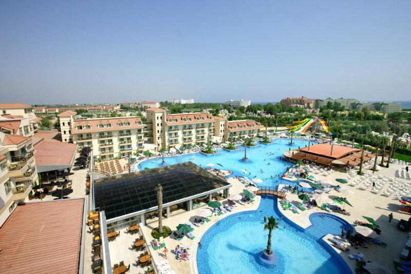 Hotel Grand Pearl Beach Resort & Spa