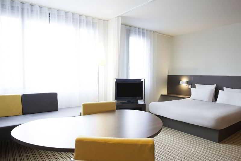 Novotel Suites Paris Rueil M