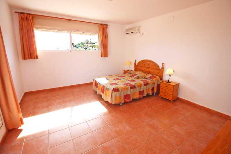 Apartamentos Calpe Puerto Blanco 3000