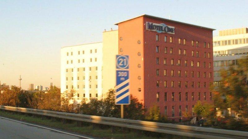Motel One Frankfurt Airport