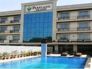 Parkland Grand