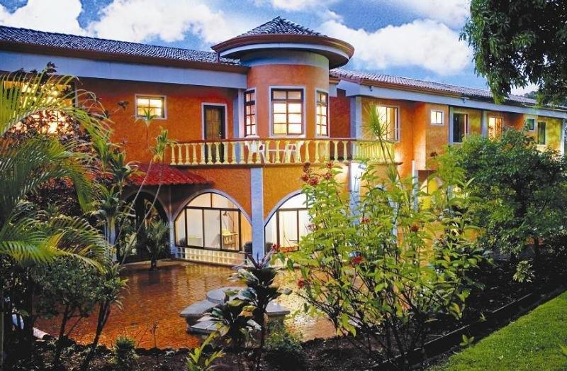 Orquideas Inn