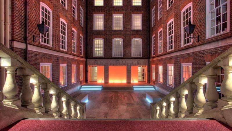 Apex London Temple Court