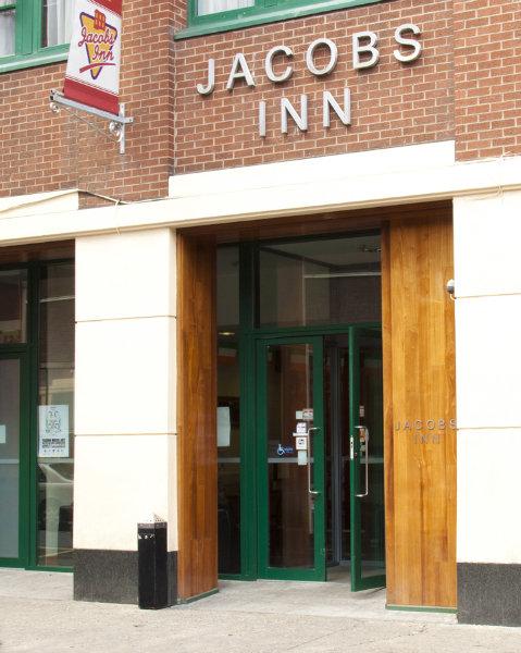 Viajes Ibiza - Jacobs Inn Hostel