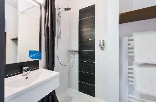 h i s eco nuit hotel. Black Bedroom Furniture Sets. Home Design Ideas