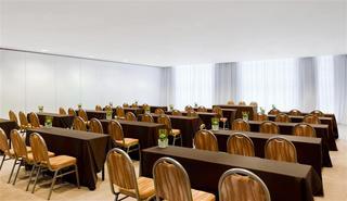 Sheraton Milan Malpensa Airport Hotel
