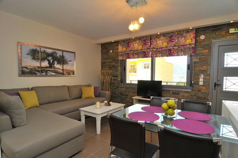 Ntinas Luxyry Apart Hotel