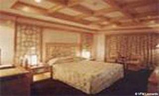 里安國際大酒店