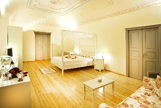 Markezinis Suites
