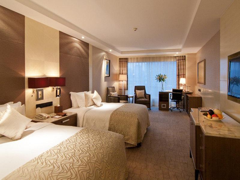 Zhejiang Hotel (on Yan'an Road)