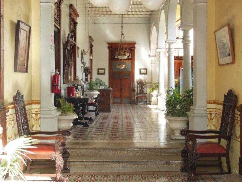 Posada Toledo & Galeria