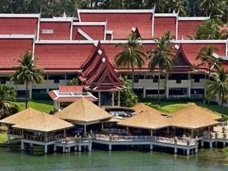 Outrigger Laguna Phuket Beach Resort