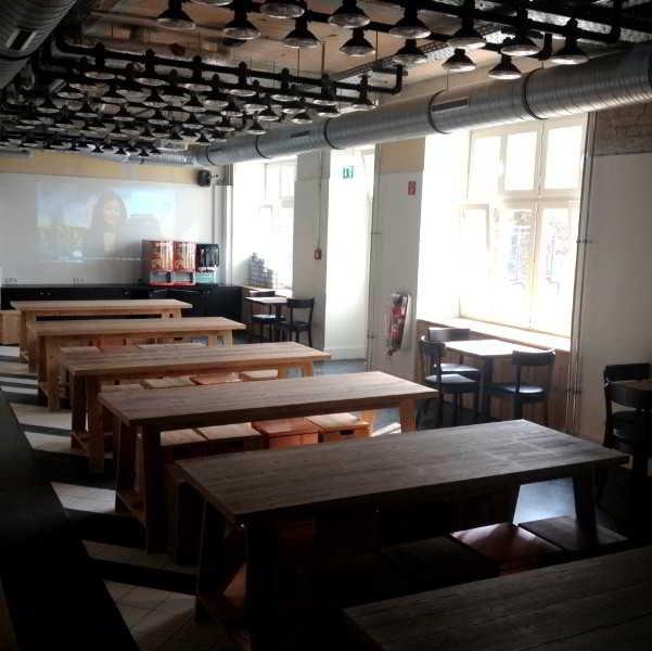 hotel generator berlin mitte en berlin mitte. Black Bedroom Furniture Sets. Home Design Ideas
