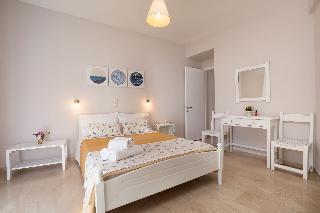 Bella Vista Beach Hotel & Studios in Corfu, Greece
