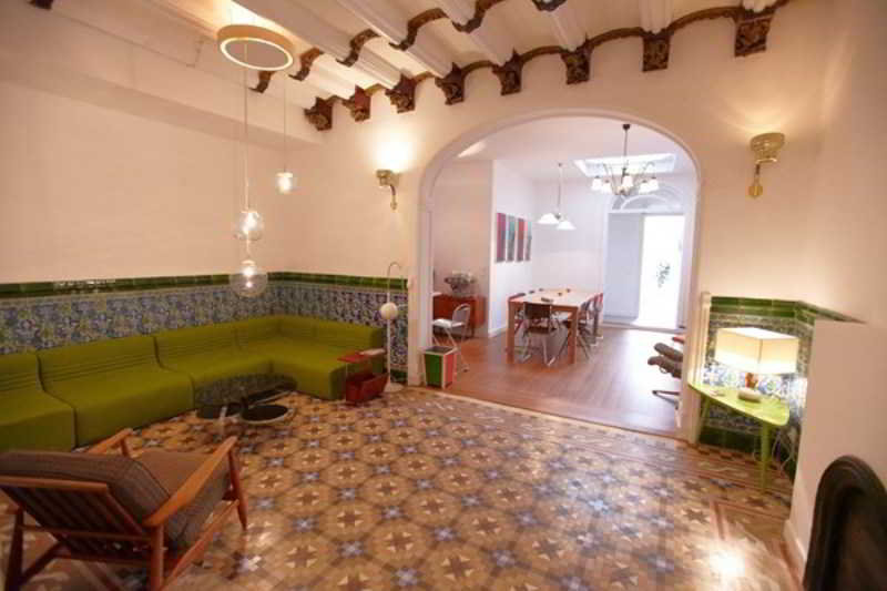 Precios y ofertas de hotel retrome barcelona en barcelona for Precios de hoteles en barcelona