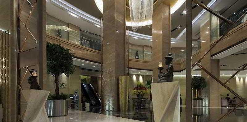 鞍山時代鉑爾曼大酒店