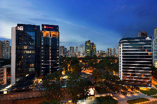 Hotel Ramada Singapore at Zhongshan Park, Singapore