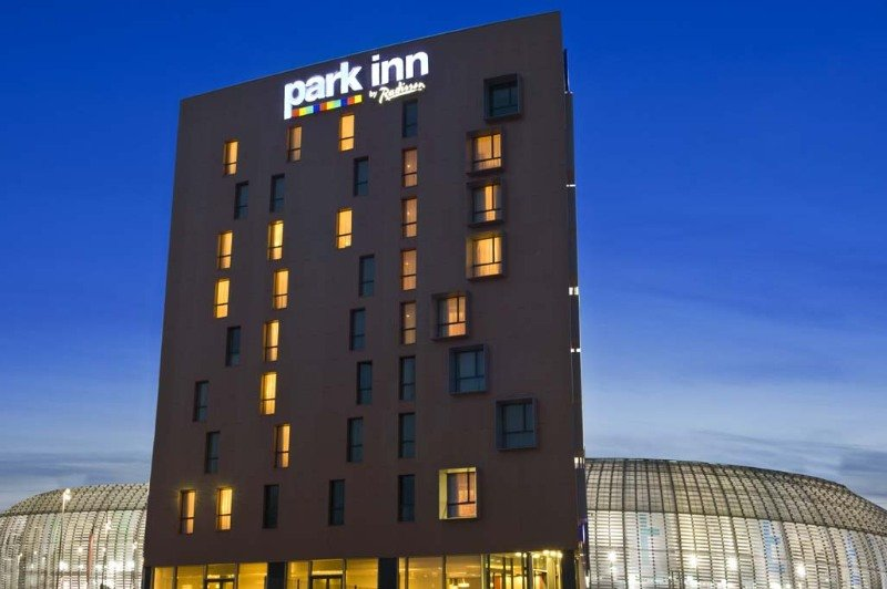 park inn by radisson lille grand stade in lille from 82 trabber hotels. Black Bedroom Furniture Sets. Home Design Ideas