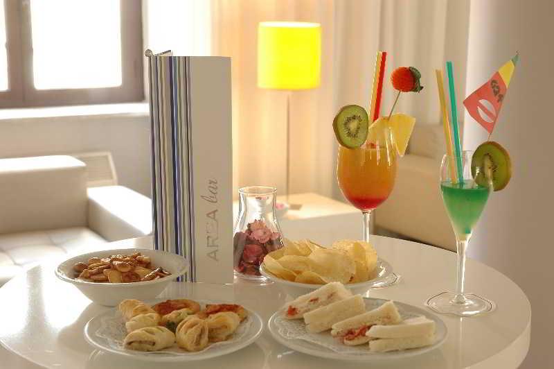 Hoteles en eur viajes olympia madrid for Hoteles minimalistas en espana