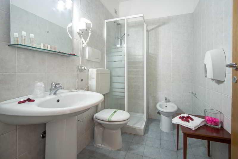 Viajes Ibiza - Aparthotel Le Corniole
