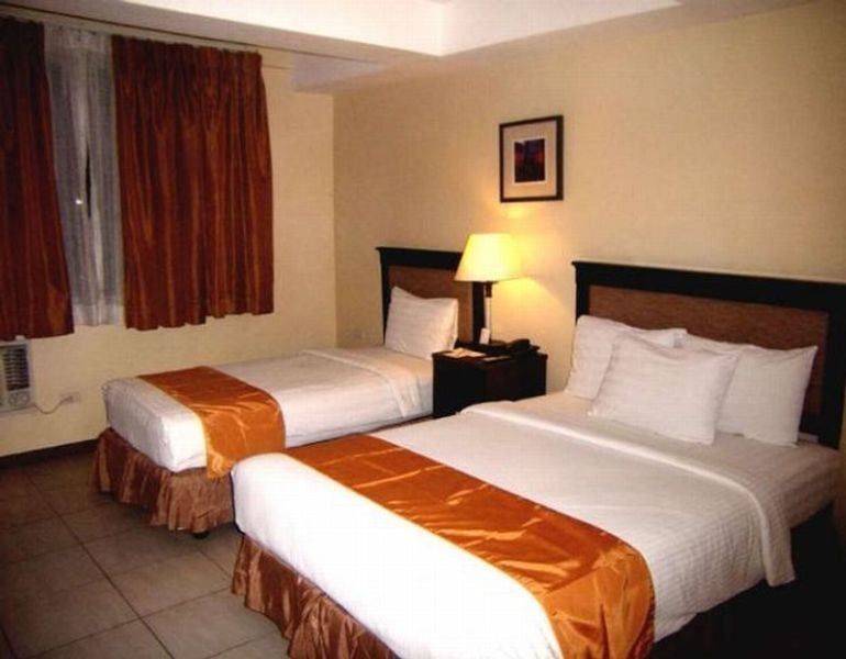 Al Faro Cosmio Hotel