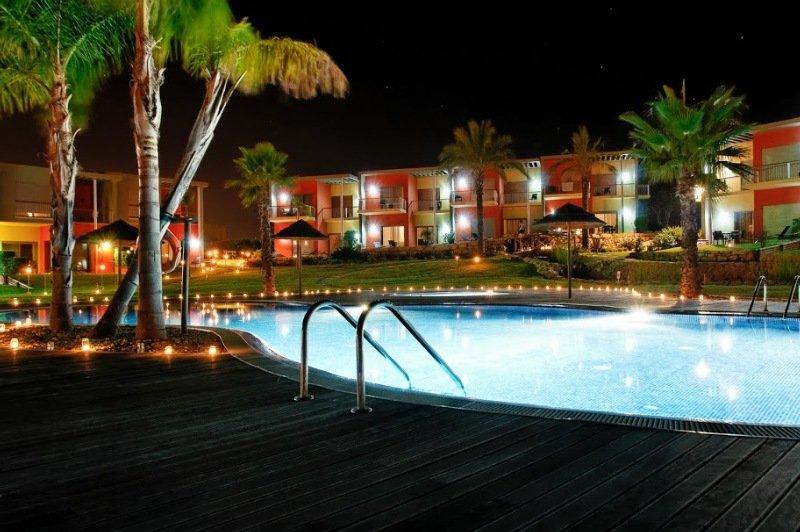 Sunset Village Hotel En Armacao De Pera Viajes El Corte