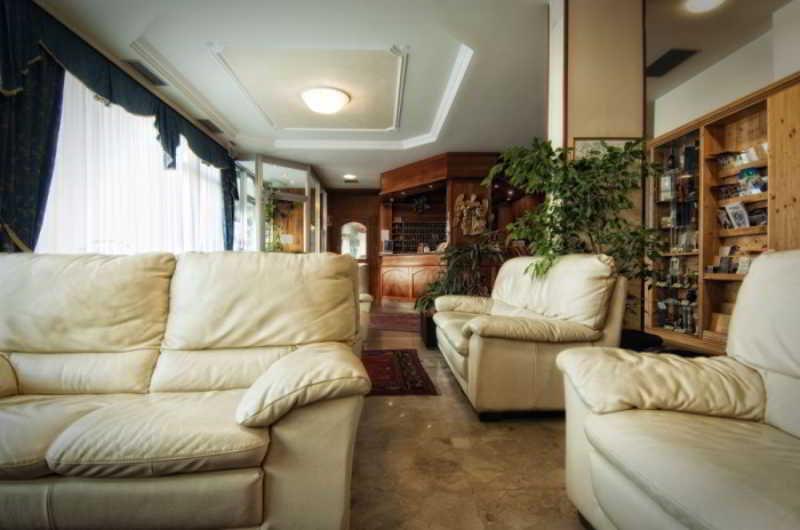 Viajes Ibiza - Everest Hotel