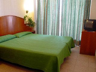 Hotel La Torreta thumb-3