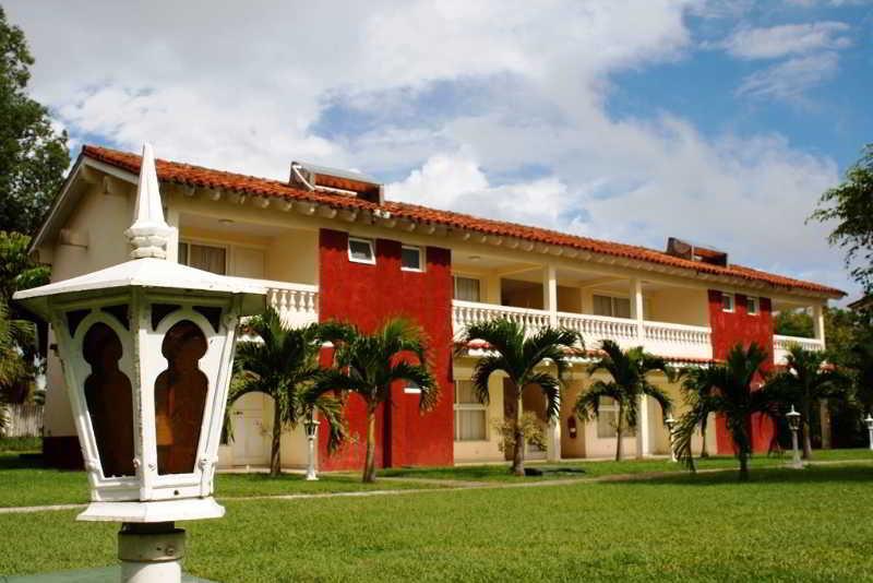 Los Laureles in Trinidad, Cuba
