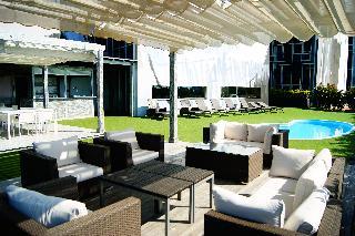 Hotel sercotel plana parc en villarreal vila real for Piscina villarreal