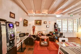 BRIT HOTEL BIARRITZ - Marbella