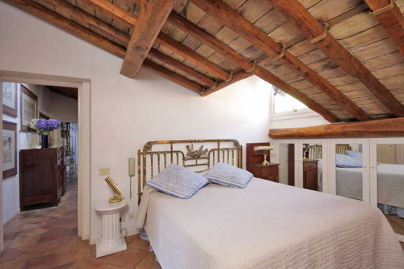 hotel appartamenti maison del gambero en roma desde 87