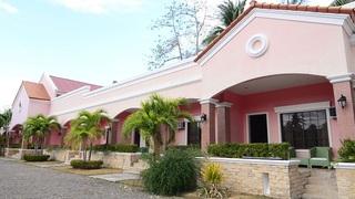 San Remigio Beach Club