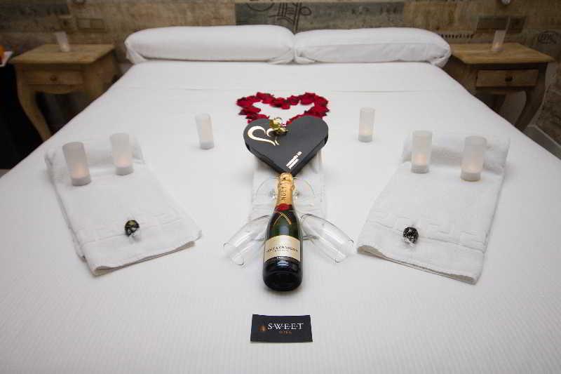 Hotel Sweet Otel Valencia