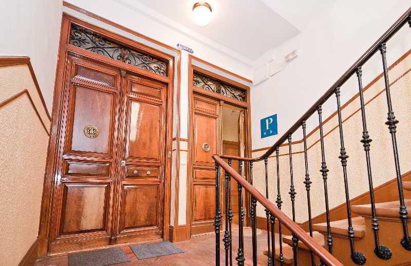 Puerta Del Sol Rooms Madrid Telefono