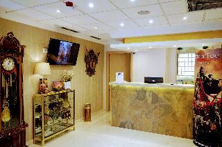http://www.hotelbeds.com/giata/19/198431/198431a_hb_a_900.jpg