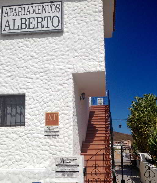 Viajes Ibiza - Apartamentos Alberto
