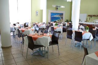 Hotel Hylatio Tourist Village