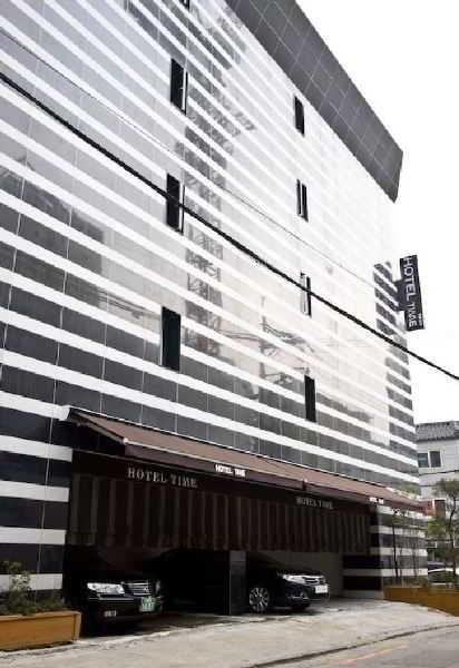 Time Hotel Shinchon in Seoul, South Korea