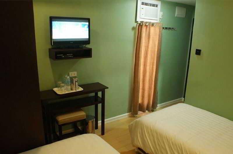 La Gloria Residence Inn