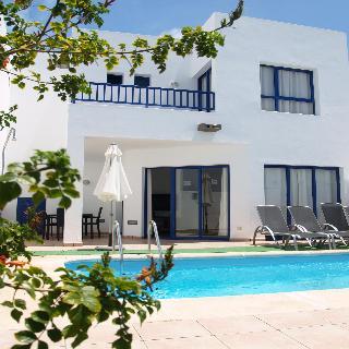 Villa villas puerto rubicon en playa blanca lanzarote for Villas rubicon lanzarote