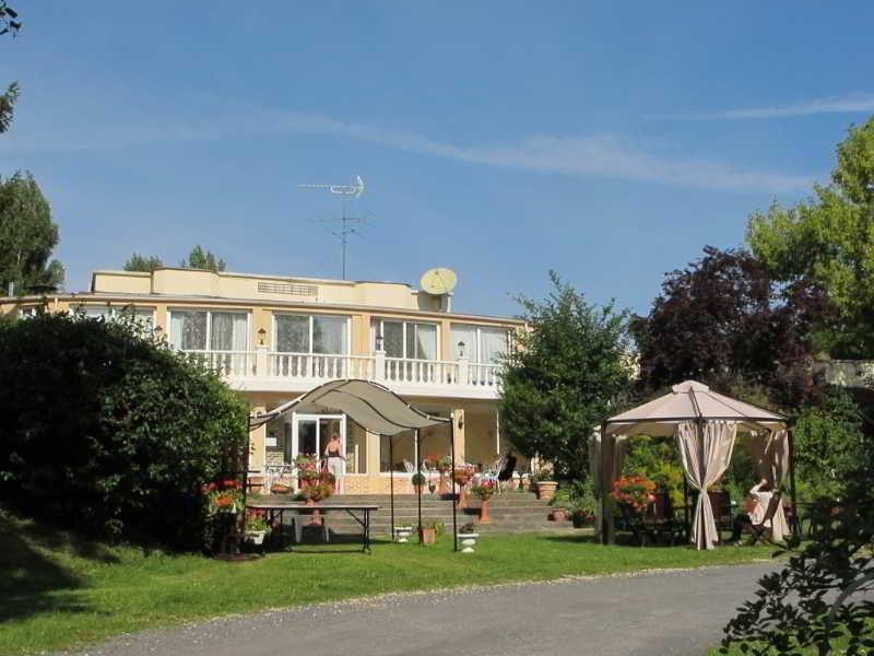 Acostel  Hotel En Meaux