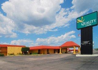 Quality Inn Ada near University