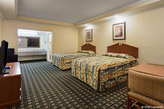 Econo Lodge Inn & Suites Memphis area