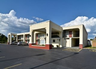 Econo Lodge West Byp