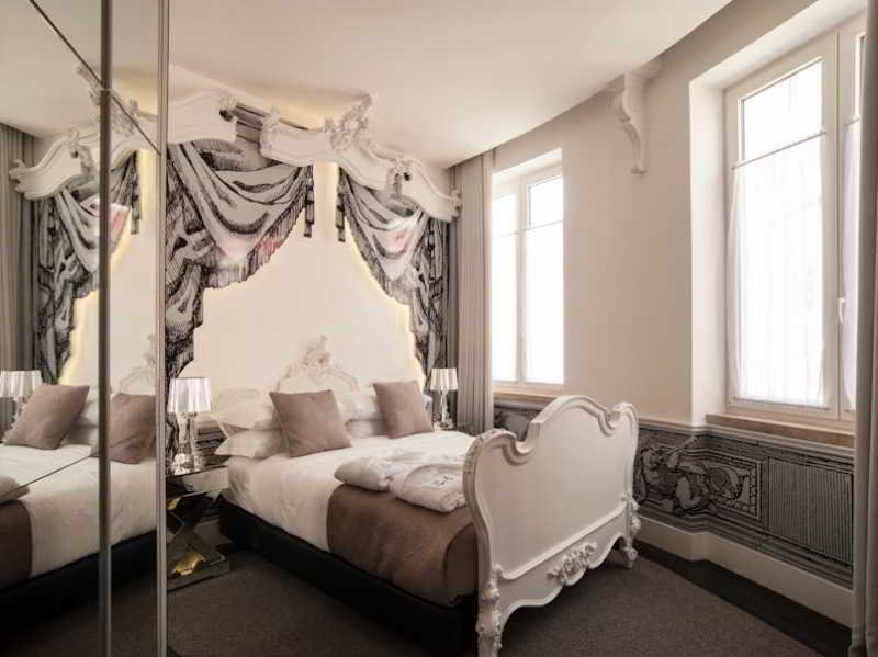 Teatro Bed & Breakfast in Lisbon, Portugal