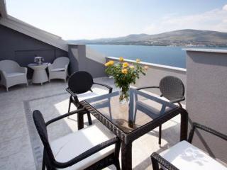 Maja Summer Residence