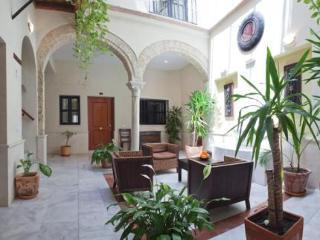 Hotel Apartamentos La Casa Del Pozo Santo